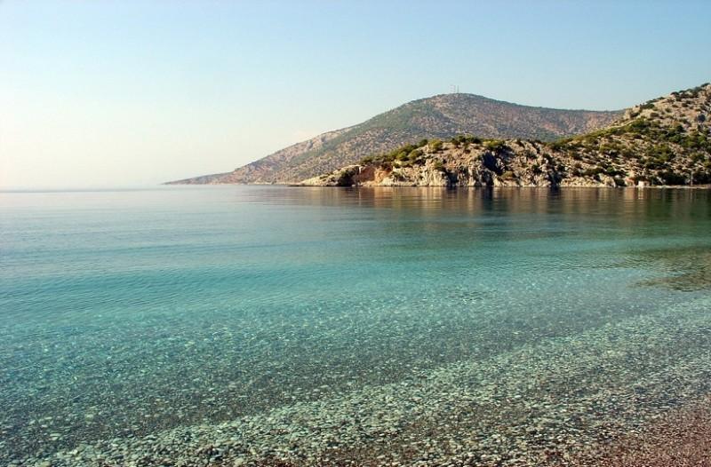 Μεγάλη προσοχή: Απαγορεύεται να κάνετε μπάνιο σε αυτές τις παραλίες της Αττικής!