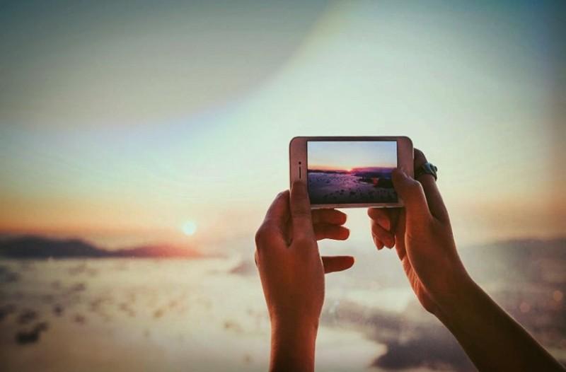 Ετοιμάσου για λήψεις: Η πόζα που κάνει θραύση στο Instagram και θα σου χαρίσει υπέροχες φωτογραφίες! (Photo)