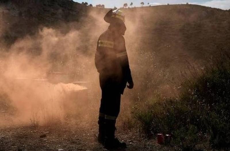 Τραγικός επίλογος: Πέθανε ο πυροσβέστης που είχε τραυματιστεί σοβαρά σε πυρκαγιά στην Κορινθία!