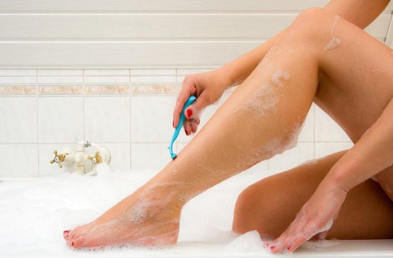 9 συμβουλές για να σταματήσεις την αιμορραγία εάν κοπείς στο ξύρισμα!