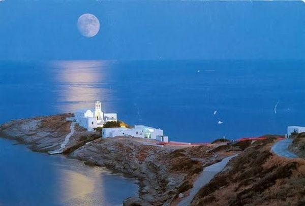 Οι Times αποθεώνουν: Τα 6 κορυφαία ελληνικά νησιά για να ξεφύγετε από την καθημερινότητα!