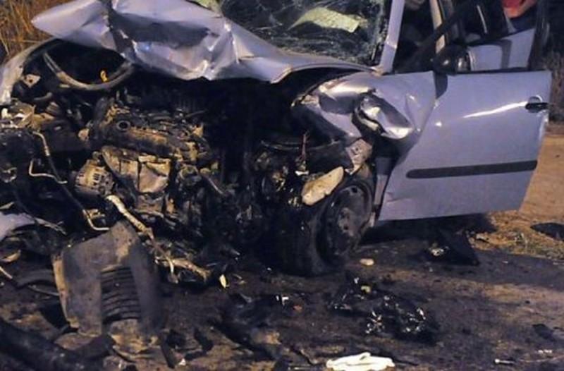 Αδιανόητη οικογενειακή τραγωδία: Σκοτώθηκαν μητέρα και δίδυμα ενώ ο πατέρας ήταν στο μπροστινό αυτοκίνητο!