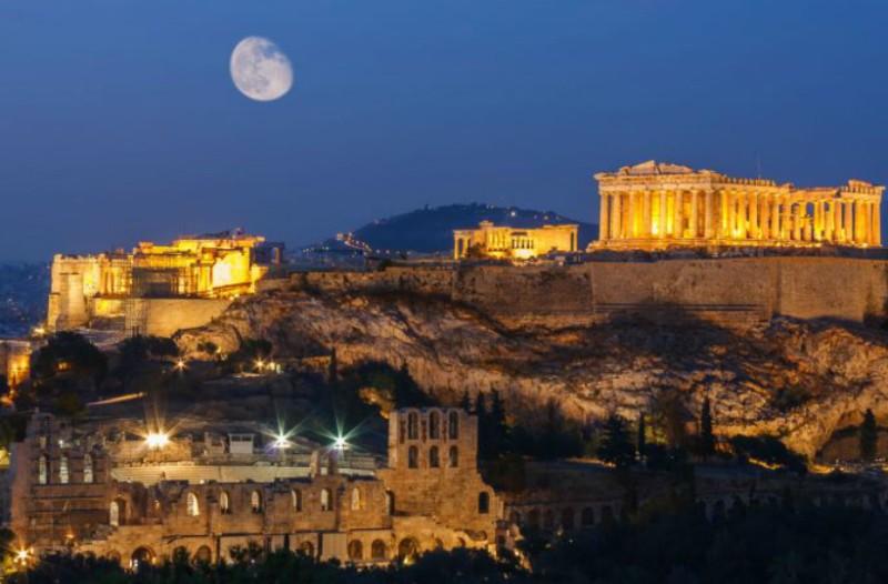 8 λόγοι που Αύγουστος στην Αθήνα είναι πραγματικά υπέροχος!