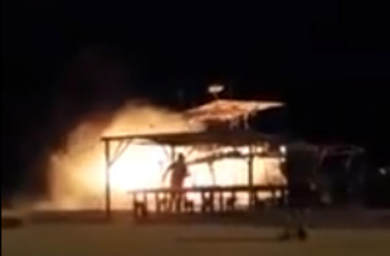 Σαμοθράκη: Κάηκε η «Θεοδώρα» - Στις φλόγες τυλίχτηκε το μοναδικό περιηγητικό σκάφος