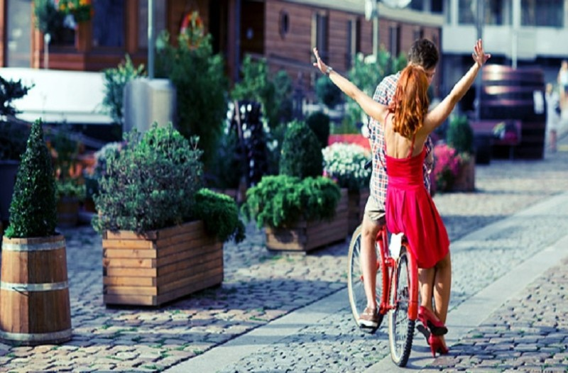 Έχεις ξεμείνει στην Αθήνα; - Δες πώς θα κάνεις διακοπές χαλαρώνοντας στην πόλη!