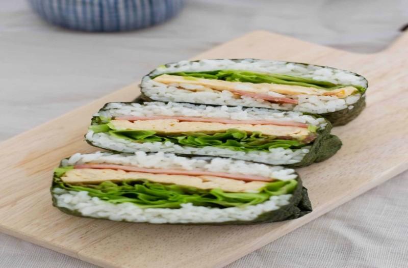 Τι είναι το Onigirazu και γιατί θεωρείται η νέα επανάσταση στο φαγητό;