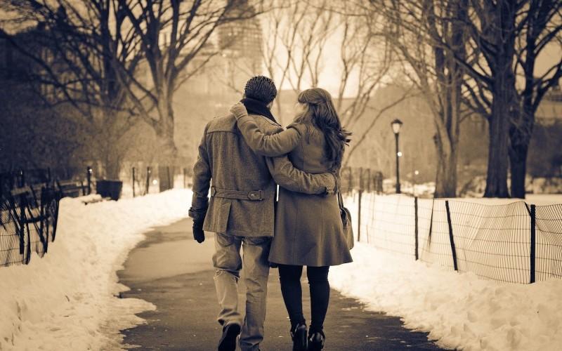 Πολυγαμία παντρεύτηκε και dating