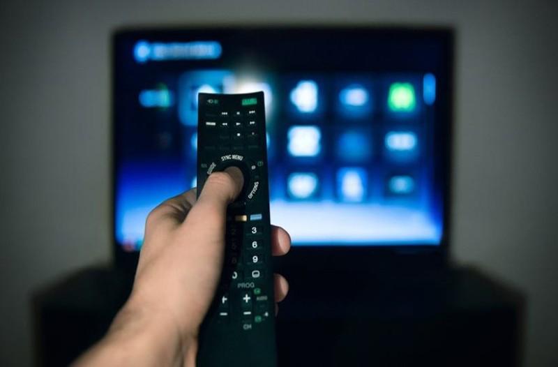 Έφτασε η ώρα: Ποια αγαπημένη εκπομπή της ελληνικής τηλεόραση κάνει απόψε πρεμιέρα; (video)
