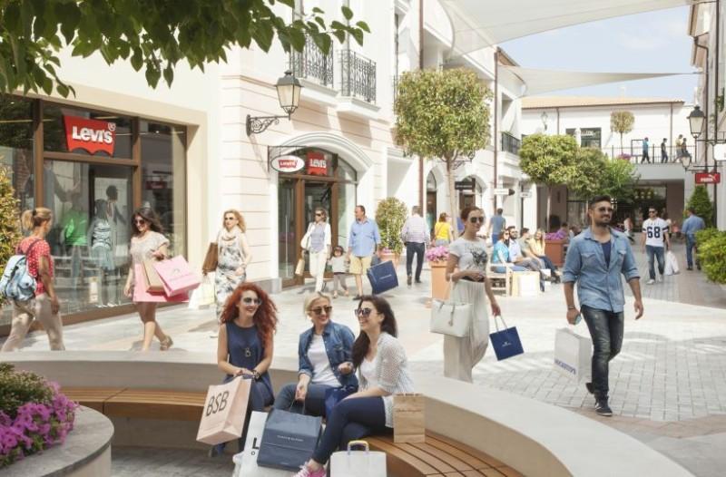 Έρχεται: Το πρώτο πάμφθηνο εκπτωτικό χωριό στο κέντρο της Αθήνας! Πότε θα ανοίξει τις πύλες του;
