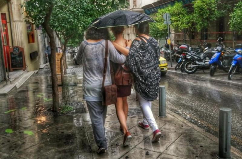 Επιπλέον πτώση της θερμοκρασίας και σποραδικές βροχές!