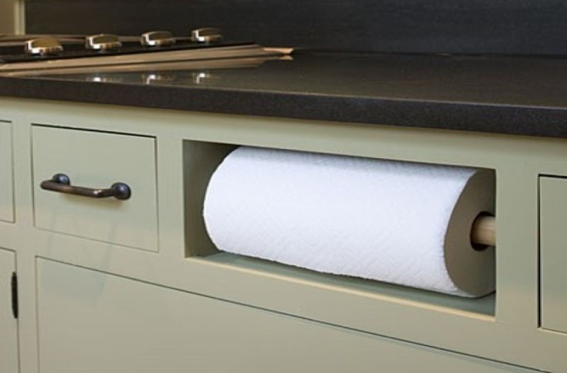 Δώστε βάση: Τι δεν πρέπει να καθαρίζετε ποτέ με χαρτί κουζίνας!
