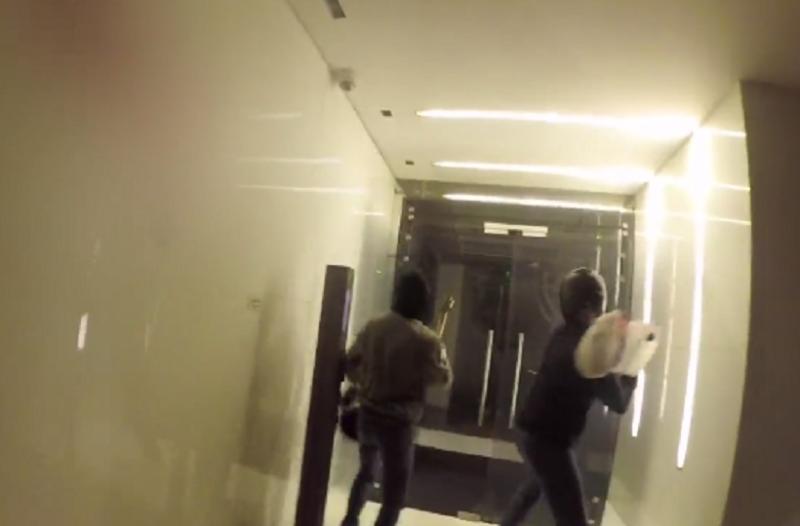 «Γυαλιά - καρφιά» έκαναν τα γραφεία της Turkish Airlines μέλη του Ρουβίκωνα! (Video)