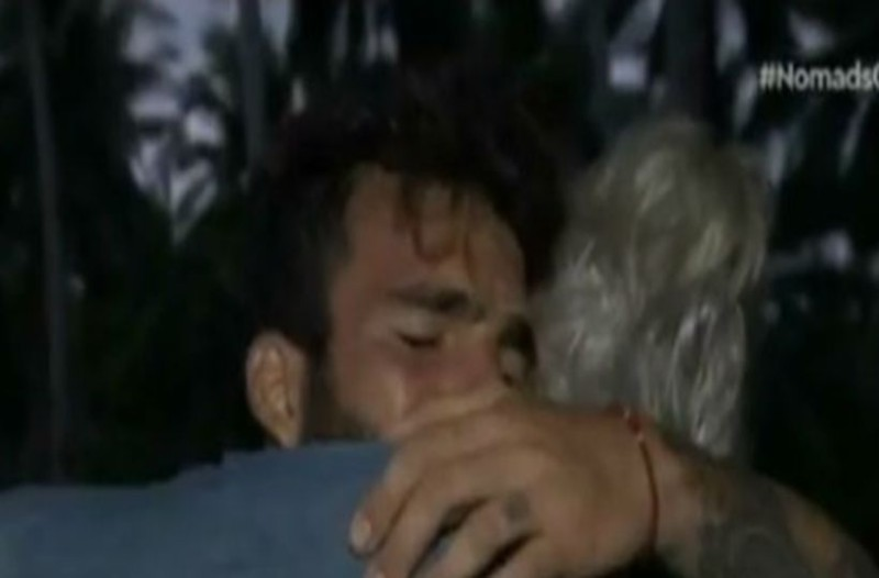 Nomads: Έβαλε τα κλάματα ο Αλεξάνδρου στην αγκαλιά του Πίντζη! Δείτε γιατί! (video)