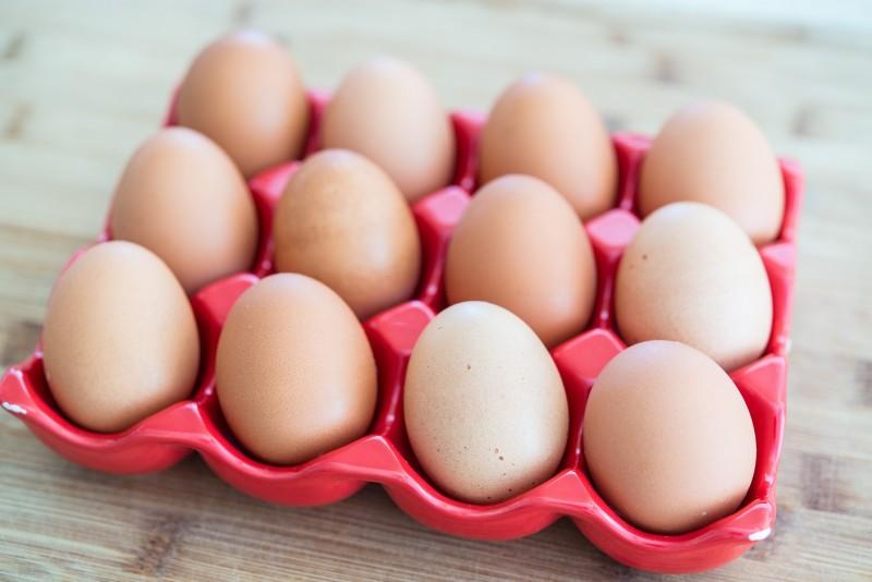 Ψήνουν τα τσόφλια των αυγών για το καλό τους. Εσείς θα το τολμούσατε;