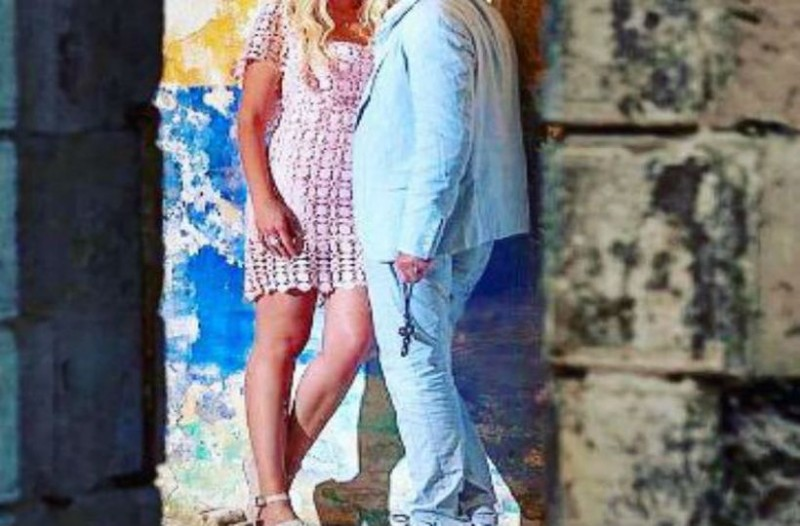 Γάμος στην ελληνική showbiz! Πασίγνωστος Έλληνας ηθοποιός παντρεύεται στα 52 του χρόνια! (video)