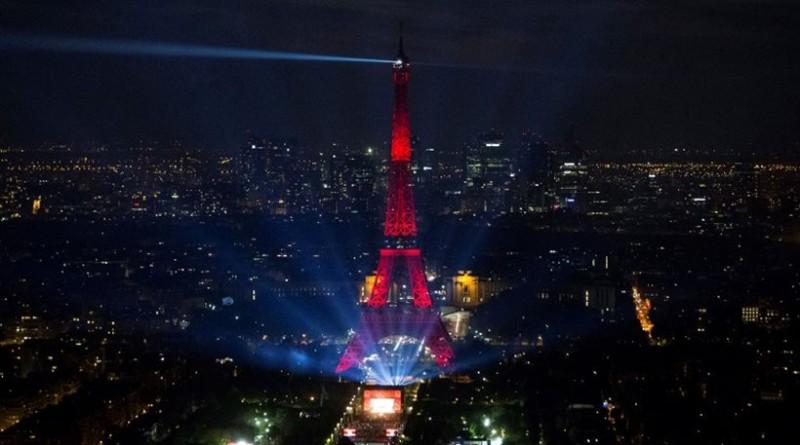 Το απίστευτο πράγμα που δεν μπορείς να κάνεις το βράδυ στο Παρίσι! Το γνώριζες;