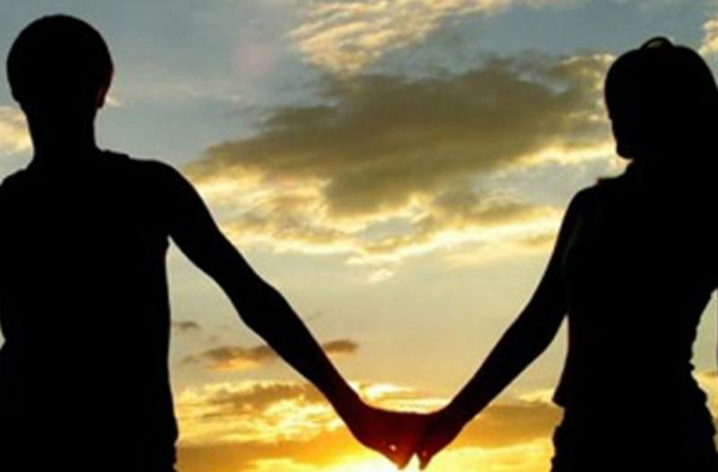 10 αποδείξεις πως κάθε φορά που ερωτευόμαστε, δε στέκουμε και πολύ στα καλά μας!