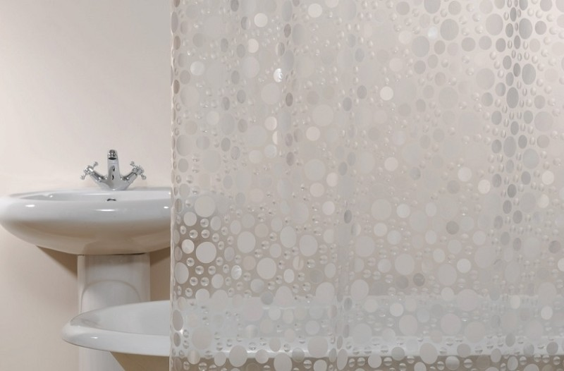 Εύκολα και πρακτικά tips για να καθαρίσετε γρήγορα την κουρτίνα του μπάνιου