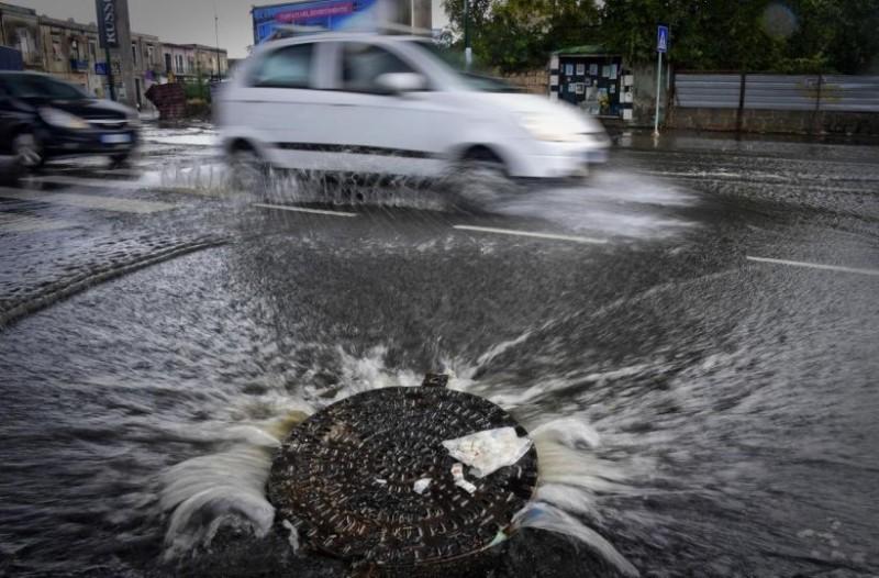 Σε ισχύ το έκτακτο δελτίο επιδείνωσης καιρού: Ισχυρές καταιγίδες και ακραία φαινόμενα!