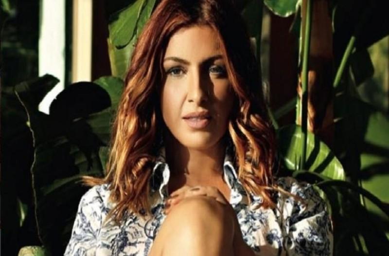 Η Έλενα Παπαρίζου αποκάλυψε το μυστικό διατροφής της: «Η δίαιτα που με βοήθησε να μπω ξανά στο νούμερο 27»