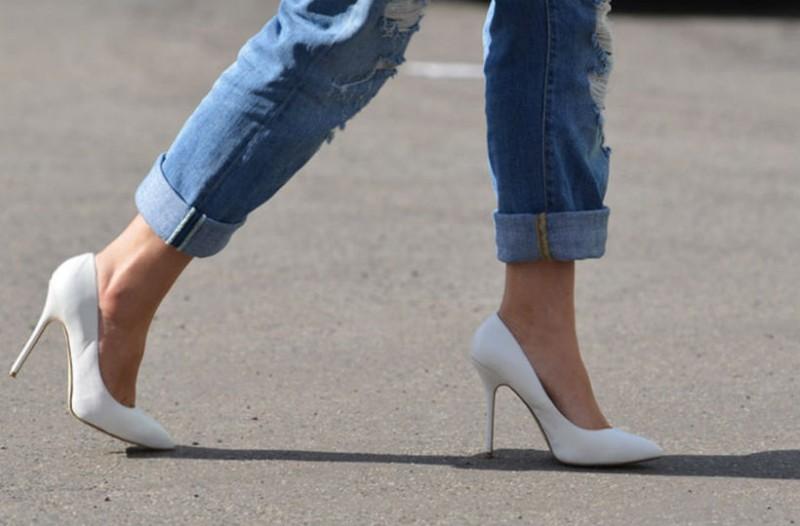 c16278a3438 Έτσι θα φορέσεις ψηλοτάκουνα και δεν θα καταστρέψεις τα πόδια σου ...