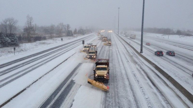 Μεγάλη προσοχή: Κλειστοί δρόμοι λόγω ισχυρής χιονόπτωσης!