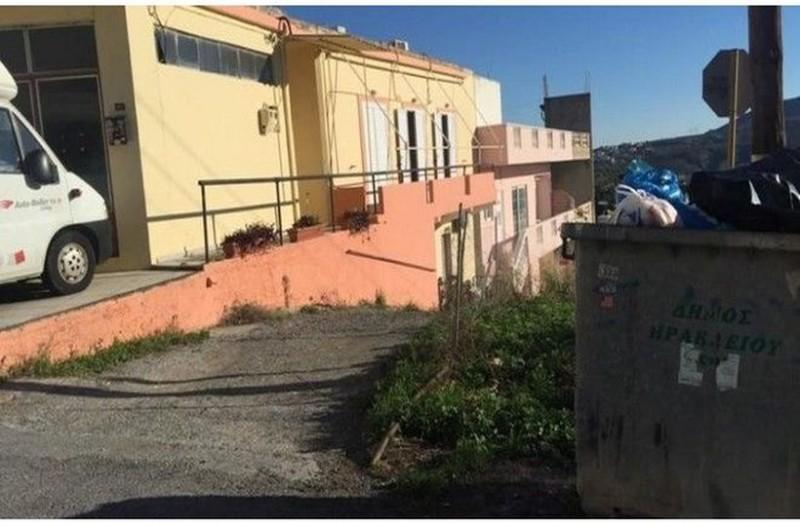 Έγκλημα στο Ηράκλειο: Αυτός είναι ο 34χρονος που δολοφόνησε τον πατέρα του ανήμερα τα Χριστούγεννα! Φωτογραφίες - ντοκουμέντο!