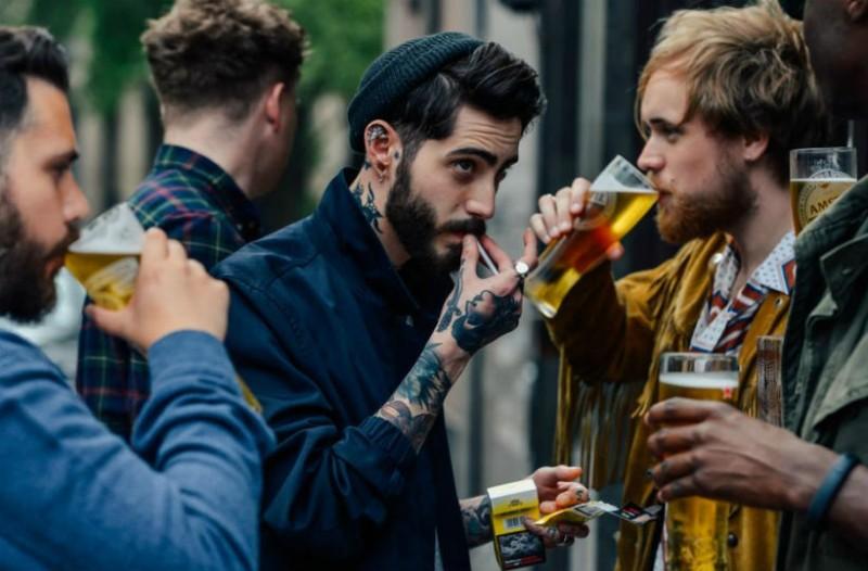 Τζούλιαν που βγαίνει με μπύραΓιατί δεν ενδιαφέρομαι για dating Yahoo