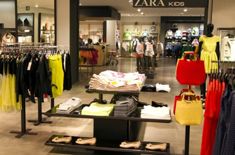 24e0164f2a4f Zara  Γιατί πρέπει να πλένετε πάντα τα ρούχα σας από εκεί  Ένας υπάλληλος  αποκαλύπτει