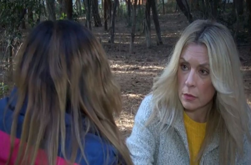 Σοκαριστική εξομολόγηση της 40χρονης Κατερίνας: «Βιάστηκα στα 14 μου από τον πατέρα μου και γέννησα το παιδί του» (video)