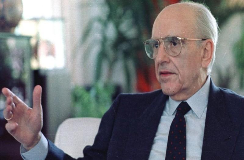 Η ανατριχιαστική δήλωση του Ανδρέα Παπανδρέου το 1995: «Στο μέλλον οι εκλεγμένες κυβερνήσεις δεν θα παίζουν ρόλο. Θα κάνει κουμάντο η Γερμανία»! (video)