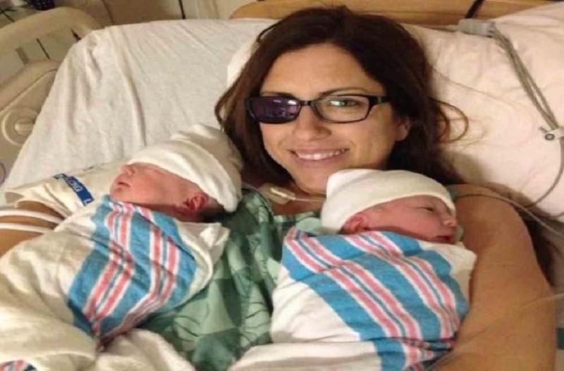 Άκρως συγκινητικό: Μητέρα αφαίρεσε το μάτι της για να σώσει τα δίδυμα μωρά της! (Video)