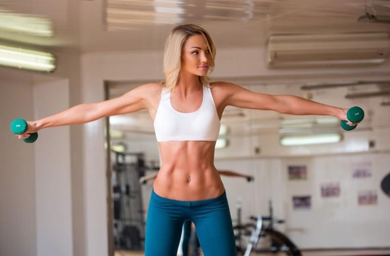 Κάνουν «θαύματα»: 3 ασκήσεις που «καίνε» περισσότερο λίπος απ' ότι το τρέξιμο!