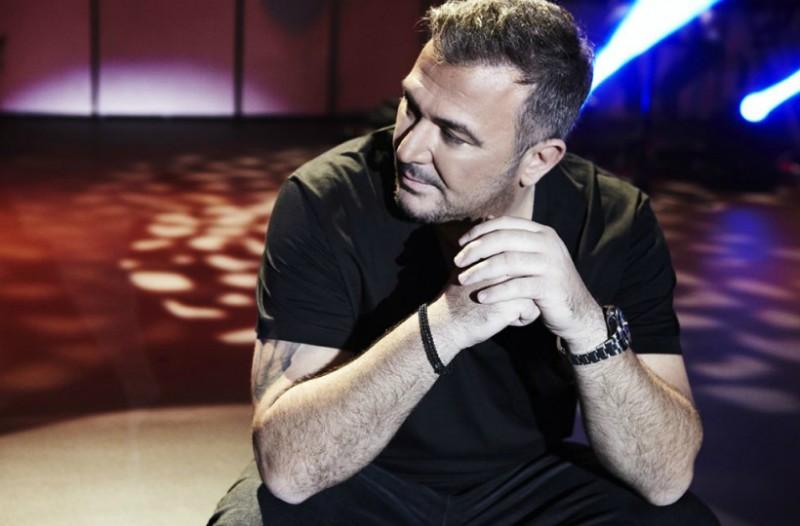 Ποια είναι τα ελληνικά τραγούδια που ακούστηκαν περισσότερο στο ραδιόφωνο το 2017 (video)