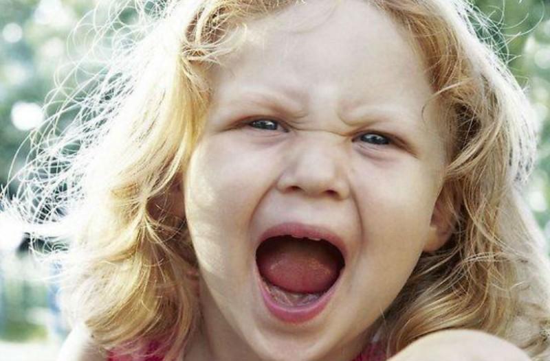 Γονείς δώστε προσοχή! Αυτά είναι τα χαρακτηριστικά του κακομαθημένου παιδιού