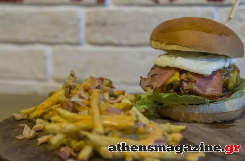 Αθήνα: Το μαγαζί που ξετρελαίνει και τον πιο απαιτητικό πελάτη με τα signatured burgers του!