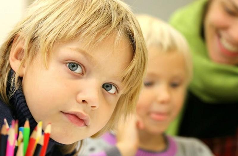 Γονείς δώστε βάση: Πώς να βοηθήσετε τα παιδιά σας εάν τραυλίζουν!