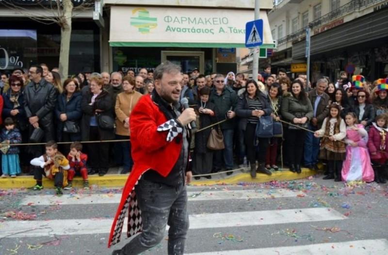 Έπος: Στην Καλαμάτα πέρασαν τον Φερεντίνο για καρνάβαλο και αυτό που ακολούθησε δεν έχει... προηγούμενο! (photos)