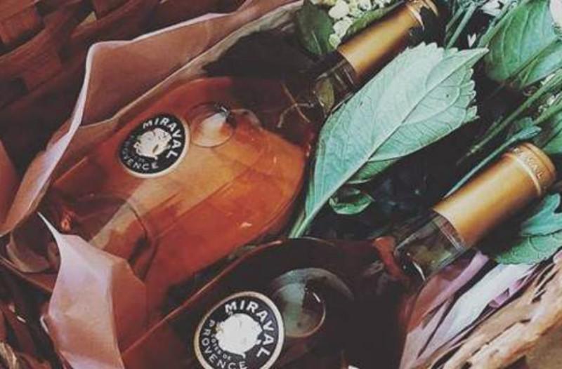 Ο ροζέ... χρυσός των Brangelina στη Γαλλία -Θησαυρός το κρασί που βγάζουν (Photos)
