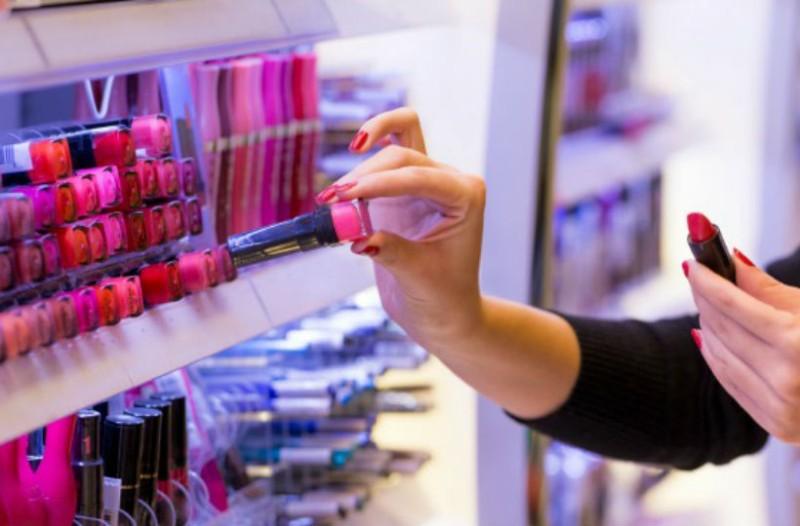 Έτσι  θα δοκιμάσεις τα testers στα καταστήματα χωρίς να διακινδυνεύσεις την υγεία σου!