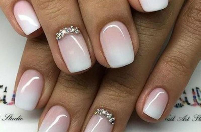 4b754c793a4 Παντρεύεσαι; Βρήκαμε τα καλύτερα σχέδια για τα νύχια σου! (Photos ...