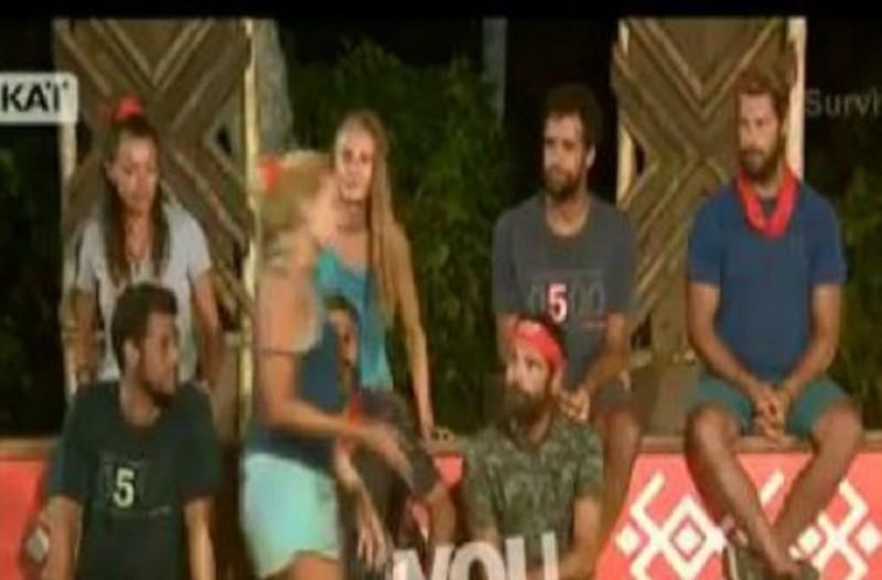 Survivor 2: Οι προλήψεις της Σπυροπούλου, τα γούρια και...η αλλαγή θέσης! (Video)
