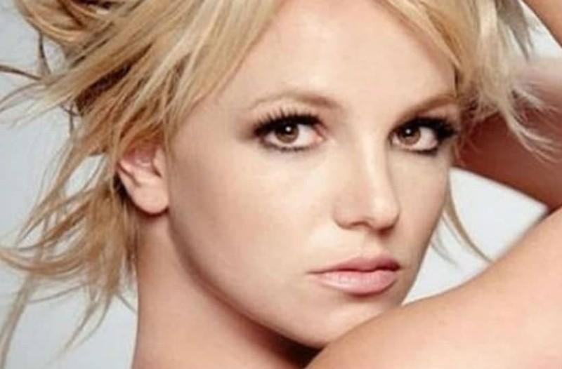 H μεταμόρφωση της Britney Spears μετά το μπότοξ!