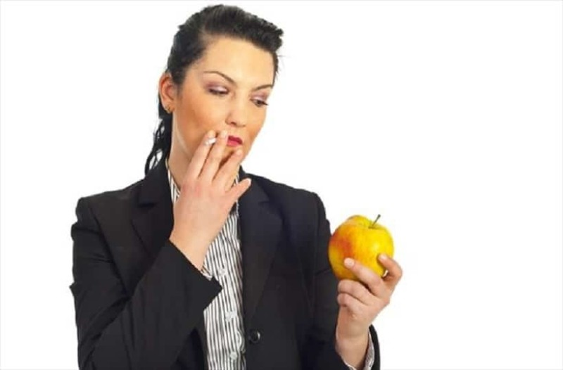 Κόψτε το κάπνισμα καταναλώνοντας αυτές τις τροφές!