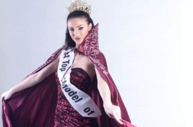 Αδιανόητο: To top model της Τουρκίας αρνήθηκε να έρθει στην Αθήνα σε επίδειξη μόδας και μας απειλεί με οθωμανικό χαστούκι