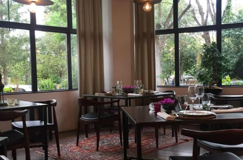 Sapou: Το νέο gourmet εστιατόριο ταξίδεψε από την Αντίπαρο στο Παγκράτι και μας συστήνει την