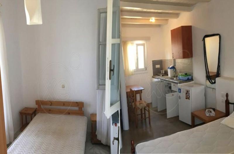 Γι' αυτό το αχούρι 45 τ.μ. στην Μύκονο ζητούν ενοίκιο 15.000 ευρώ! (photos)