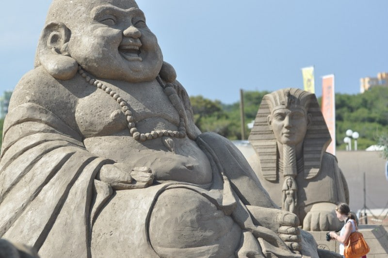 Εντυπωσιακά γλυπτά... από άμμο στην Κρήτη! Απίστευτες δημιουργίες! (photos & video)