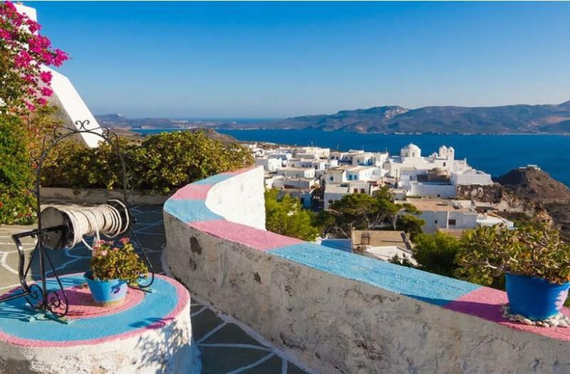 Οικογενειακές, ρομαντικές ή για διασκέδαση; 6 ελληνικά νησιά ανάλογα με τις διακοπές που αναζητάς!