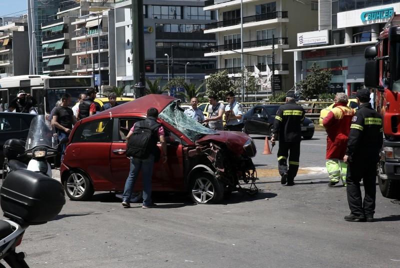 Τραγωδία στην Λεωφόρο Συγγρού: Αυτοκίνητο σκότωσε 36χρονη πεζή!
